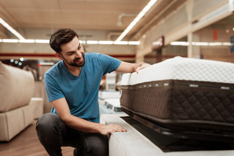 Make Your Bed: Types of Latex Mattresses to Choose From