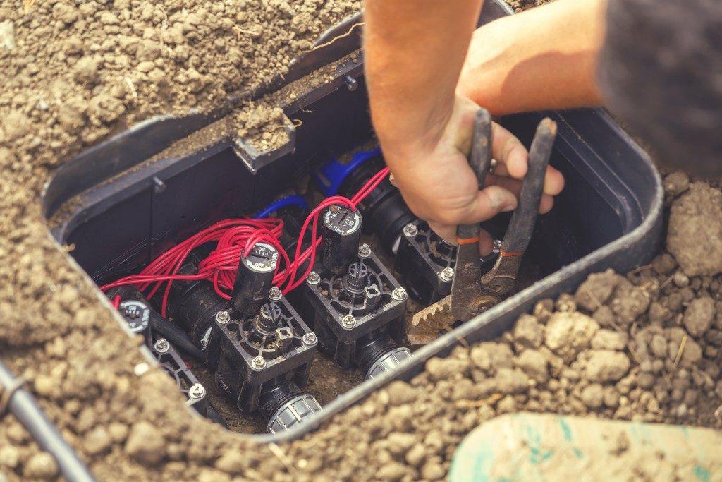 Water sprinkler valve repair
