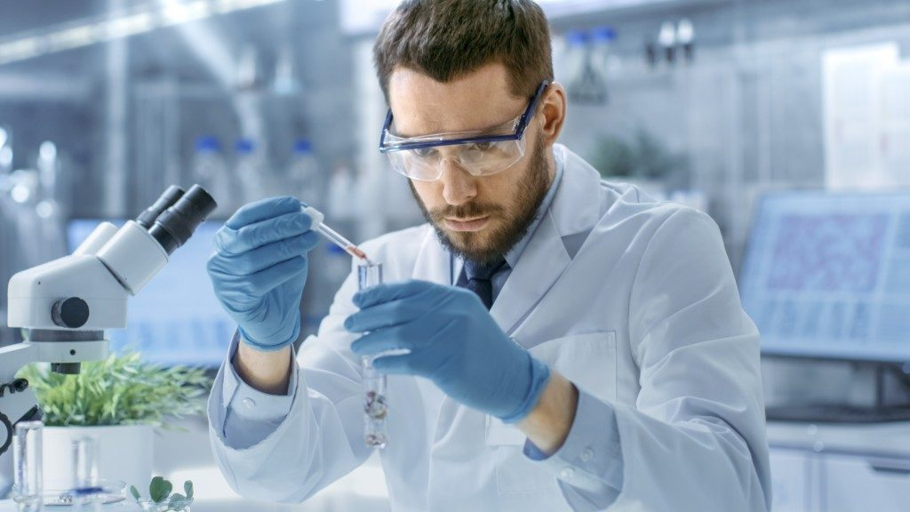 Medical researcher working in laboratory