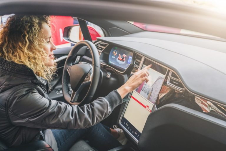 Three Things That Surprisingly Make You a Distracted Driver