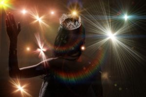 silhouette of beauty pageant with crown