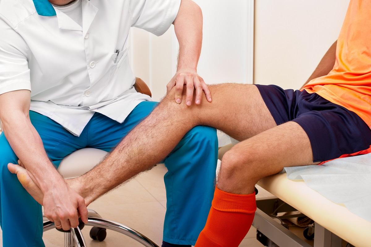 sport knee injury